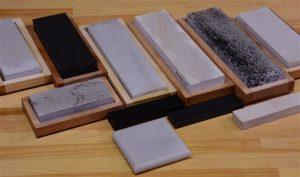 Ostrzałki do noży wykonane z różnych materiałów, które zapewniają inny sposób ścierania ostrza